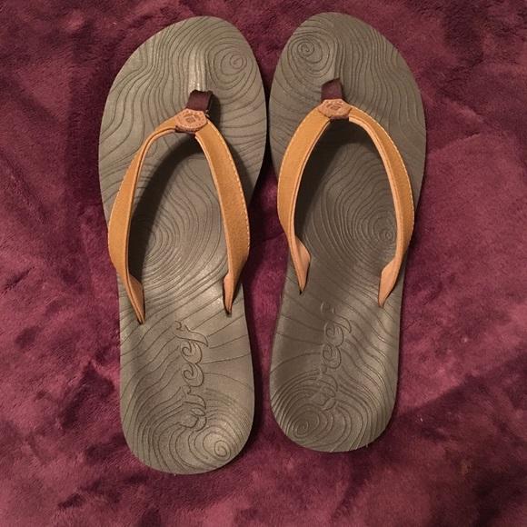572a43fd2795d Reef Zen Love Sandals